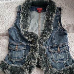 Guess Jeans Vest with Fur Size M